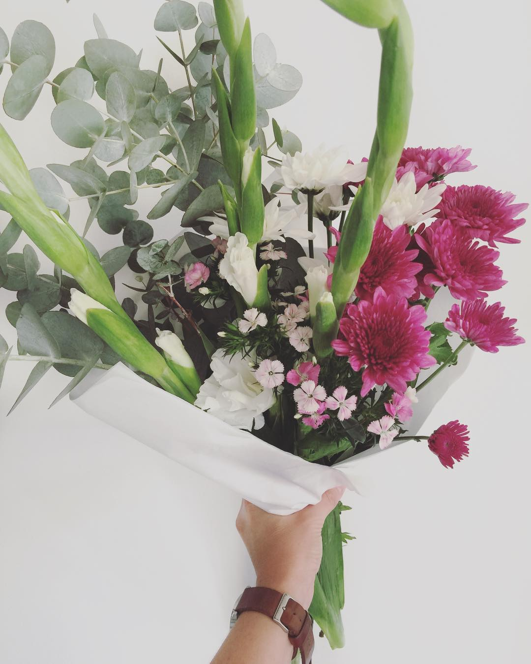 Today's Posy is elegant gladiolus with sweet William, sprays and penny gum. Order online before 12:30pm for Delivery today.
