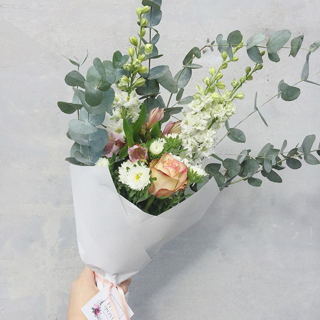 Today's Posy is roses with astors, alstroemeria, larkspur and penny gum. Order online before 12:30 for delivery this afternoon. . . . . #Petalandpost#capetown#capetownflorist#lovezabuyza#localzadesign#lovelocalza#hellopretty#capetownmag#cylcollective #capetownlikes#supportlocal#posylove#wedding#local#botanical#theprettyblog#gardenday#capetowninfo#handmadeincapetown#madeinsouthafrica#lokalza#durbanville#proudlysouthafrican