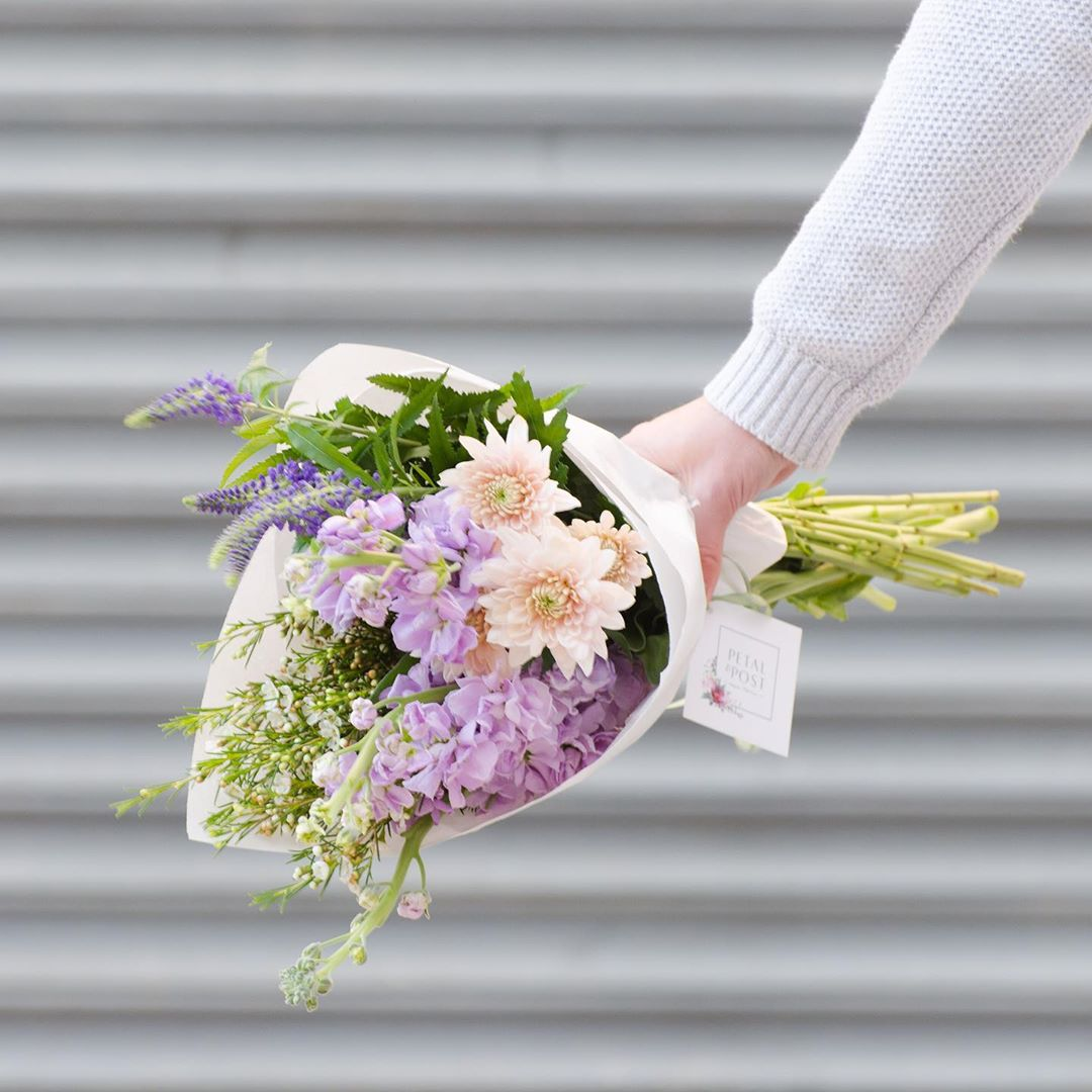 Because everyone deserves a feel-good-self-spoil day every once in a while 😌 Thursday's Posy is lilac stocks with Veronica's or snapdragons, white wax and blush chrysanthemums. Order online before 1pm for delivery today 🚚 . . . #Petalandpost#capetown#capetownflorist#lovezabuyza#localzadesign#lovelocalza#hellopretty#capetownmag#cylcollective #capetownlikes#supportlocal#posylove#wedding#theprettyblog#capetowninfo#handmadeincapetown#madeinsouthafrica#lokalza#durbanville#proudlysouthafrican#workingwomanwednesday#lovecapetown#secretcapetown#capetownetc#capetownliving#capetownmag#whatsonincapetown