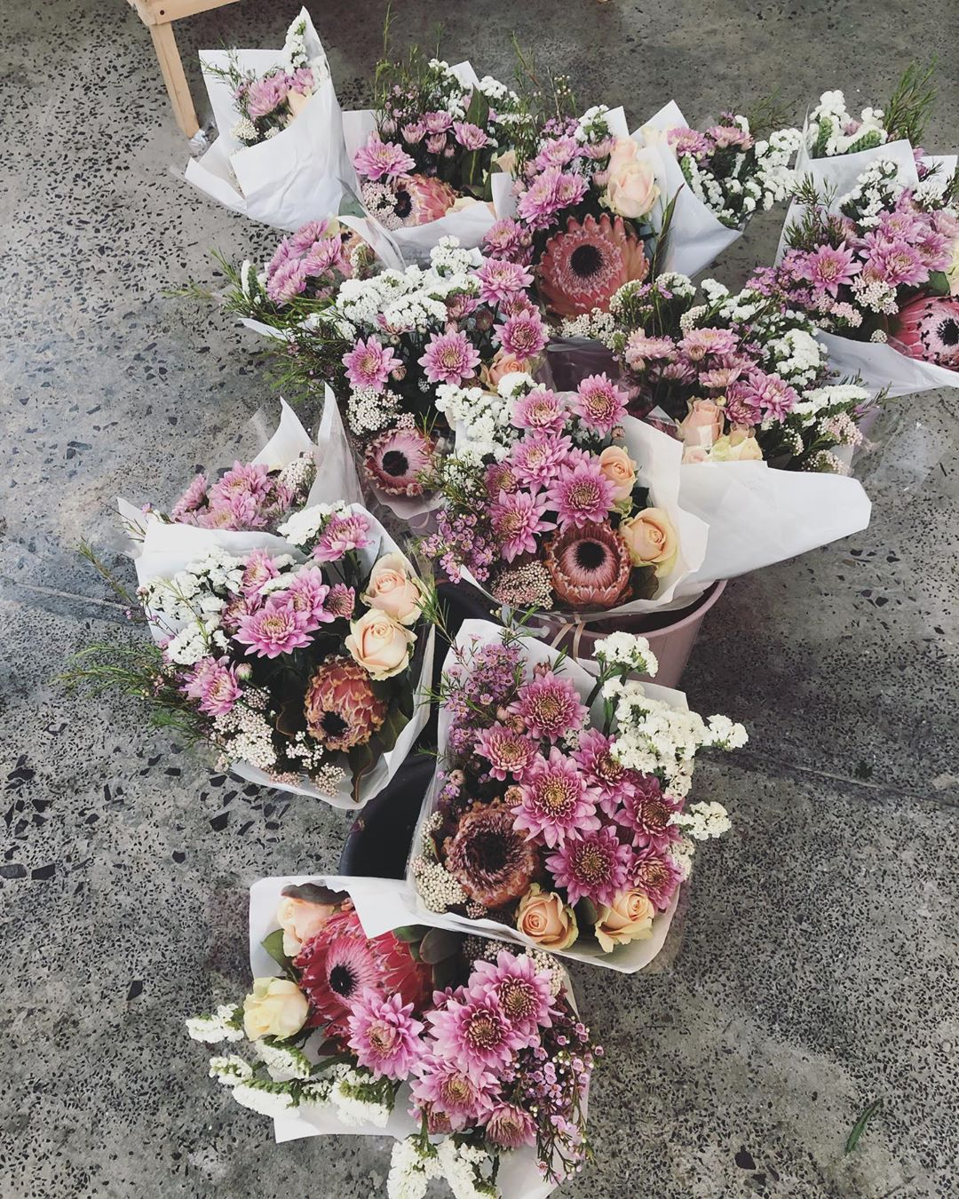 Newlands and Claremont, these are coming your way 💕 . . . . #Petalandpost#capetown#capetownflorist#lovezabuyza#localzadesign#lovelocalza#hellopretty#capetownmag#cylcollective #capetownlikes#supportlocal#posylove#wedding#local#botanical#theprettyblog#gardenday#capetowninfo#handmadeincapetown#madeinsouthafrica#lokalza#durbanville#proudlysouthafrican